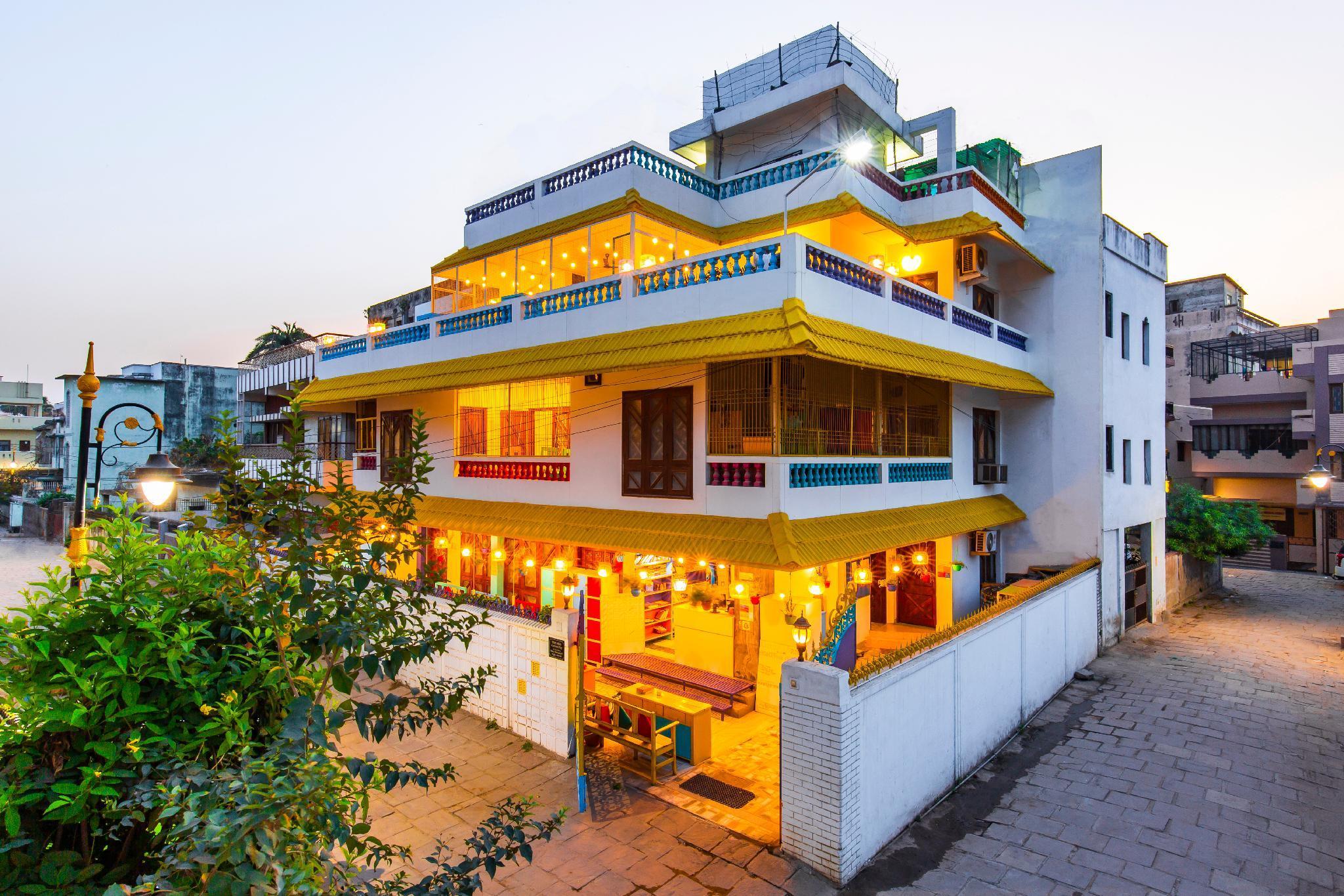GoStops Varanasi  Stops Hostel Varanasi
