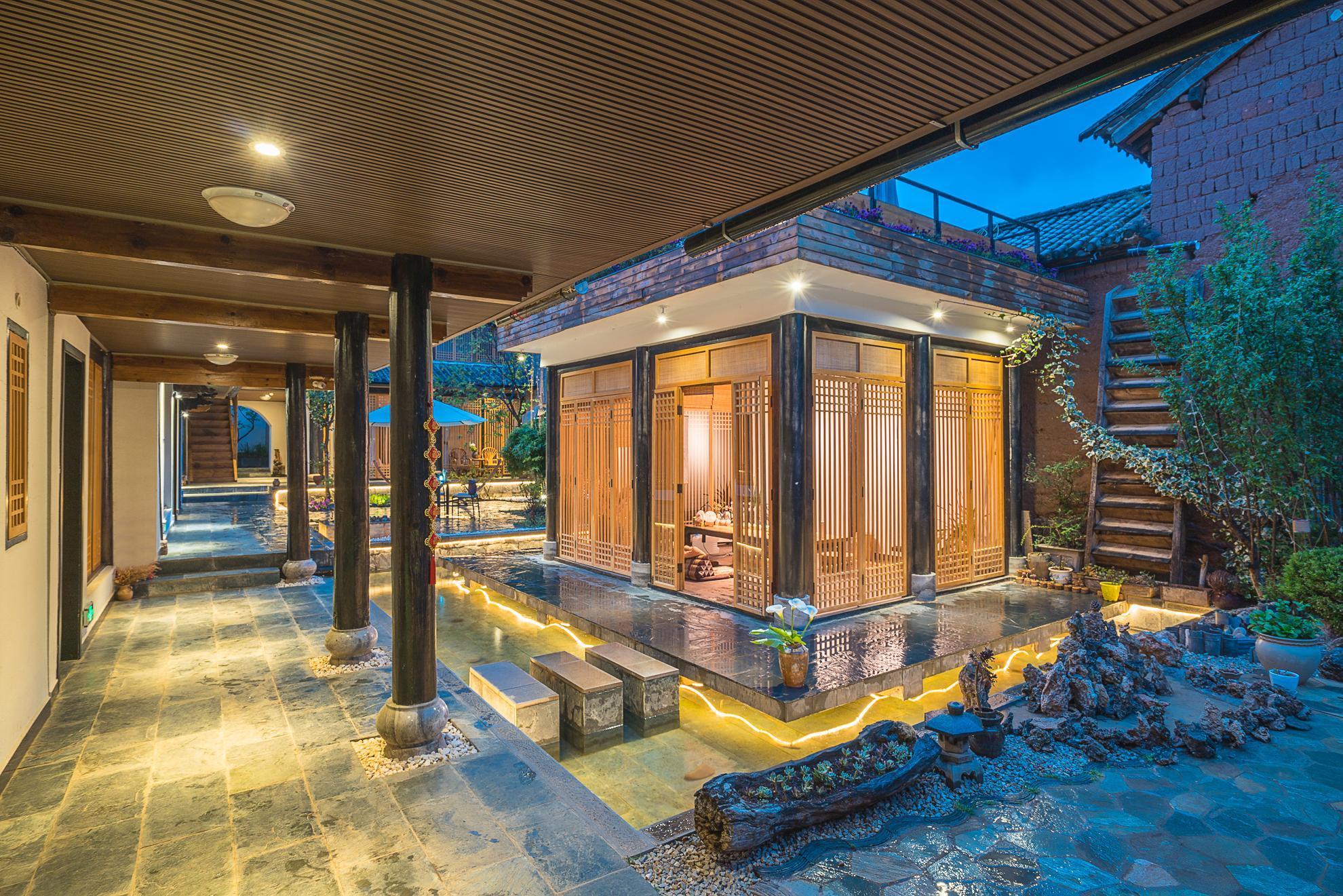 Shaxi Qingjing Courtyard