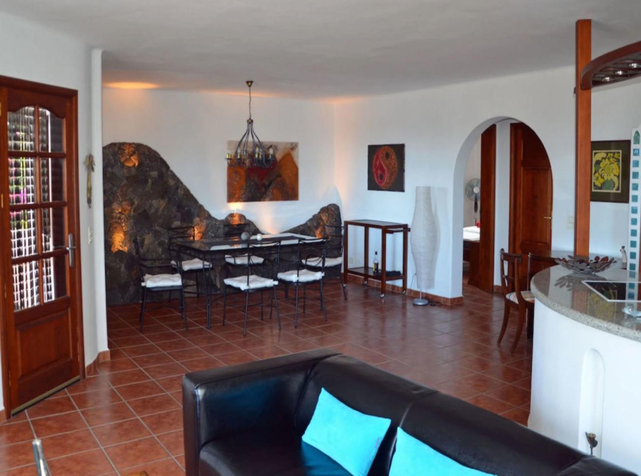 105778   House In Mala
