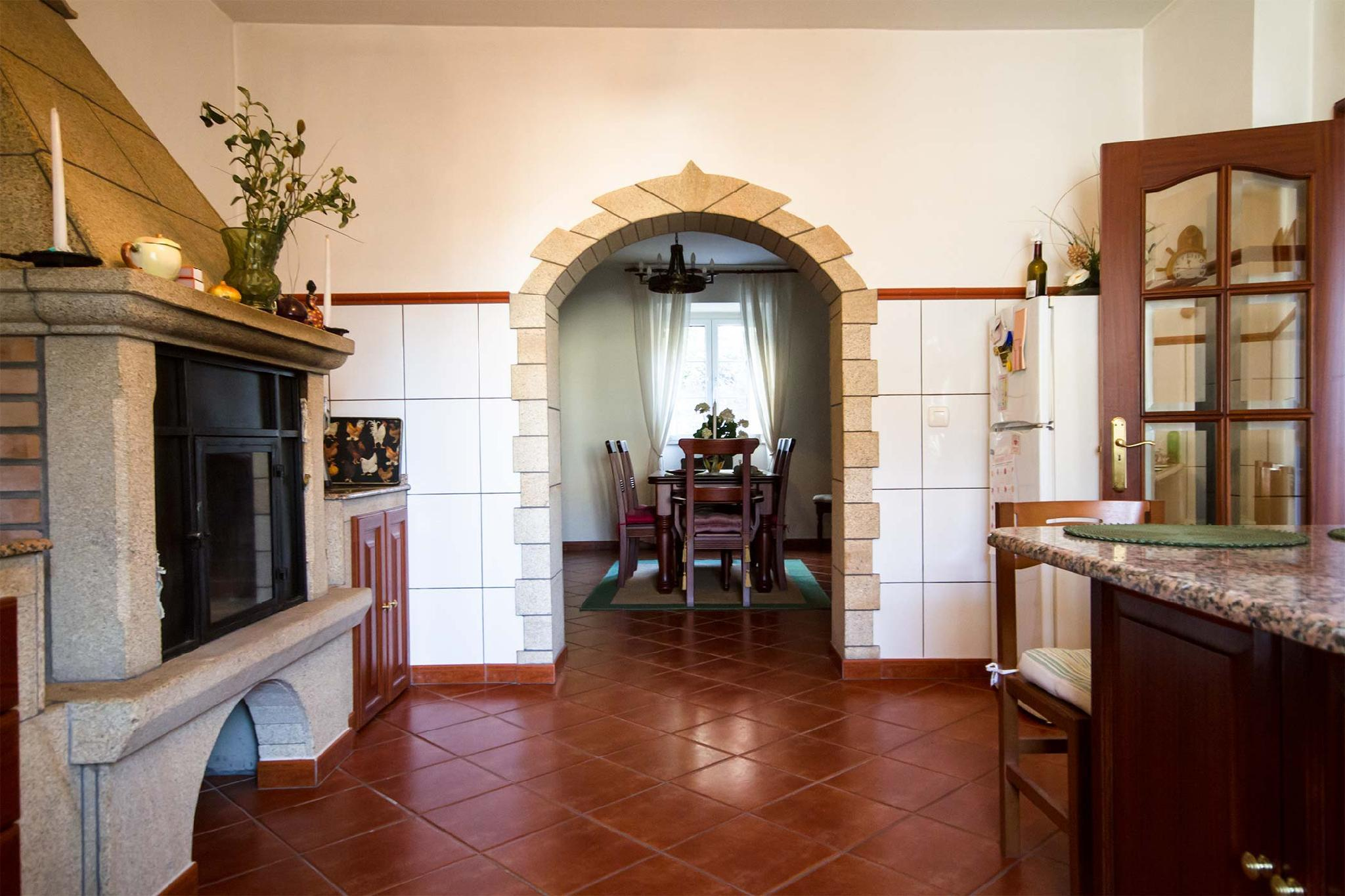 104226    House In Carnota