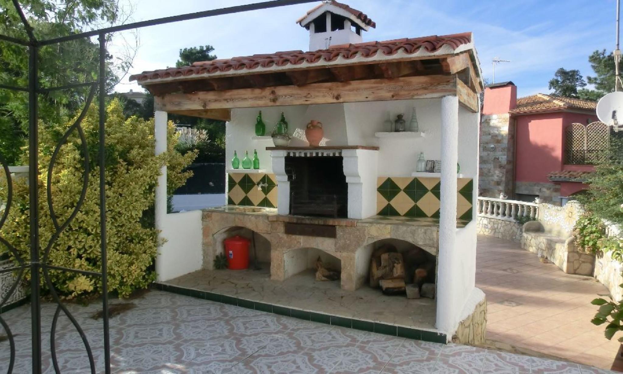 104821   Villa In Lloret De Mar