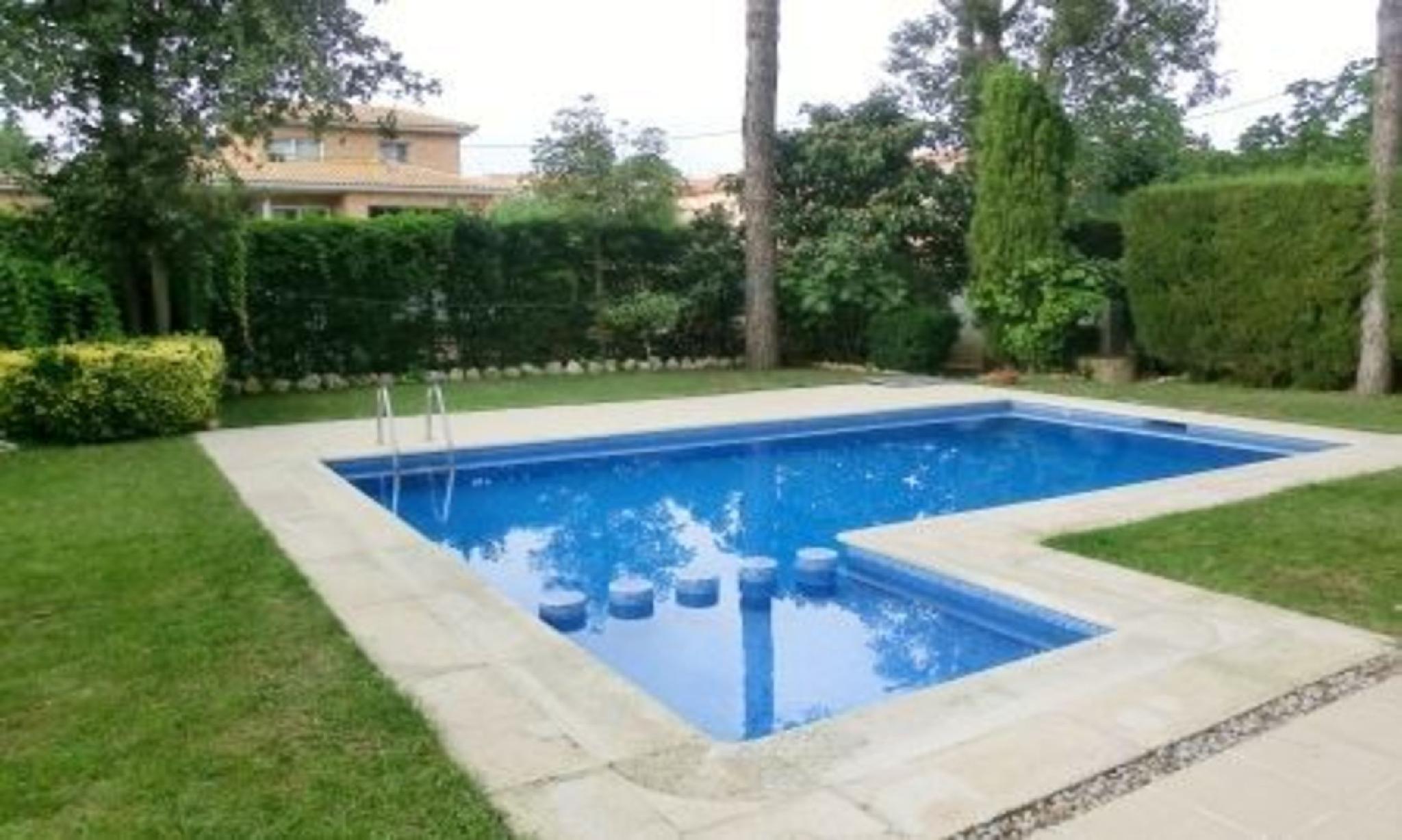 104837   Villa In Sils