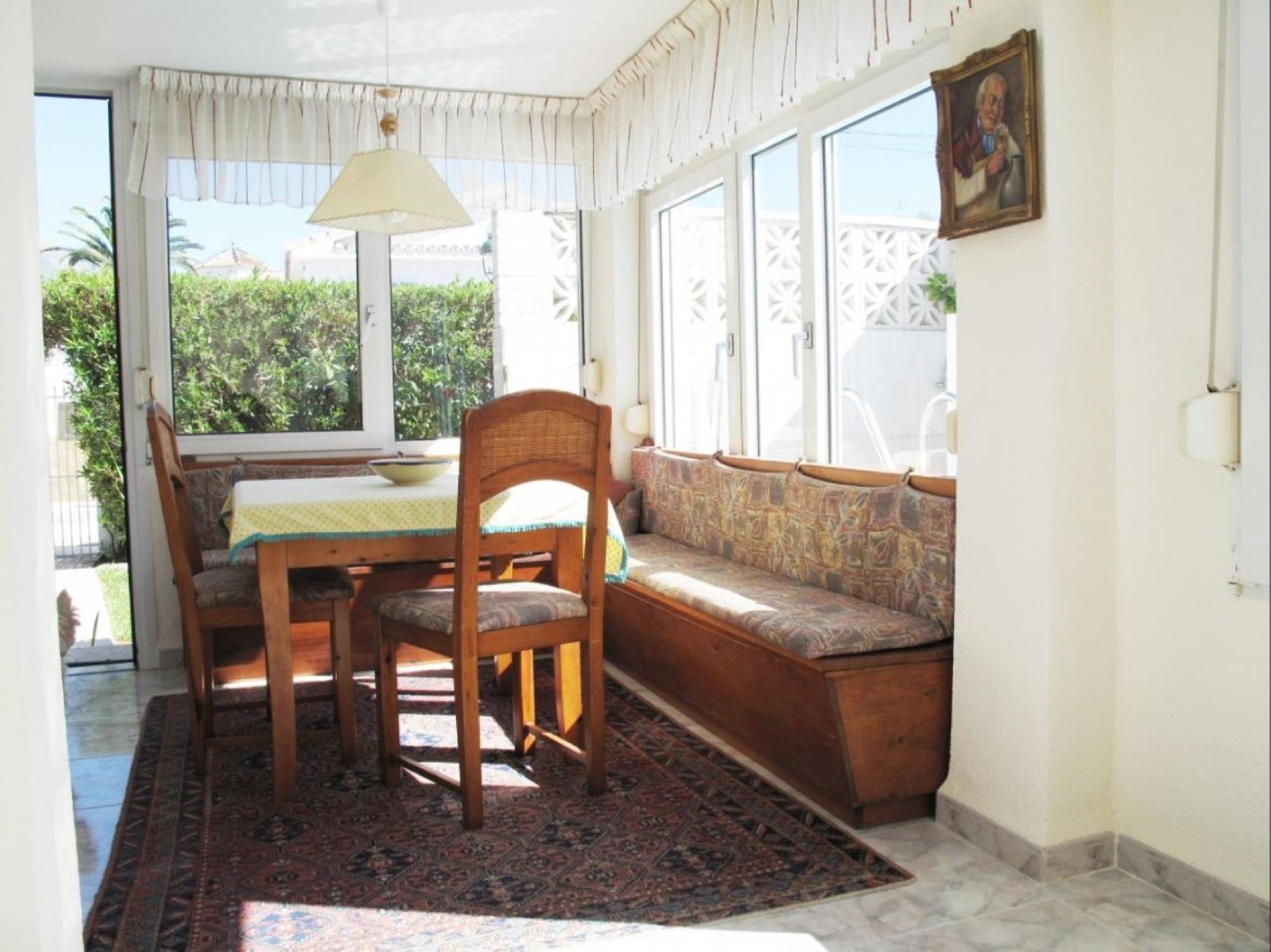 106687   Villa In Nerja