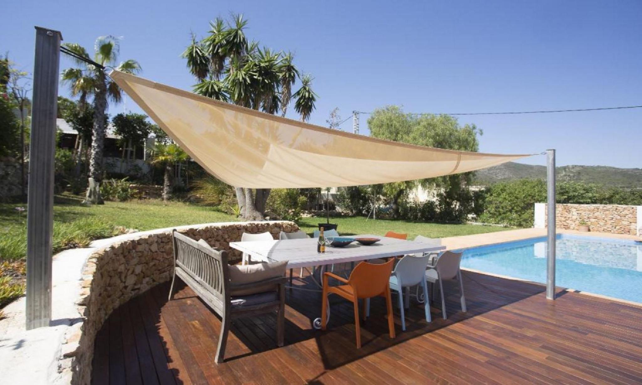 104870   Villa In X�bia