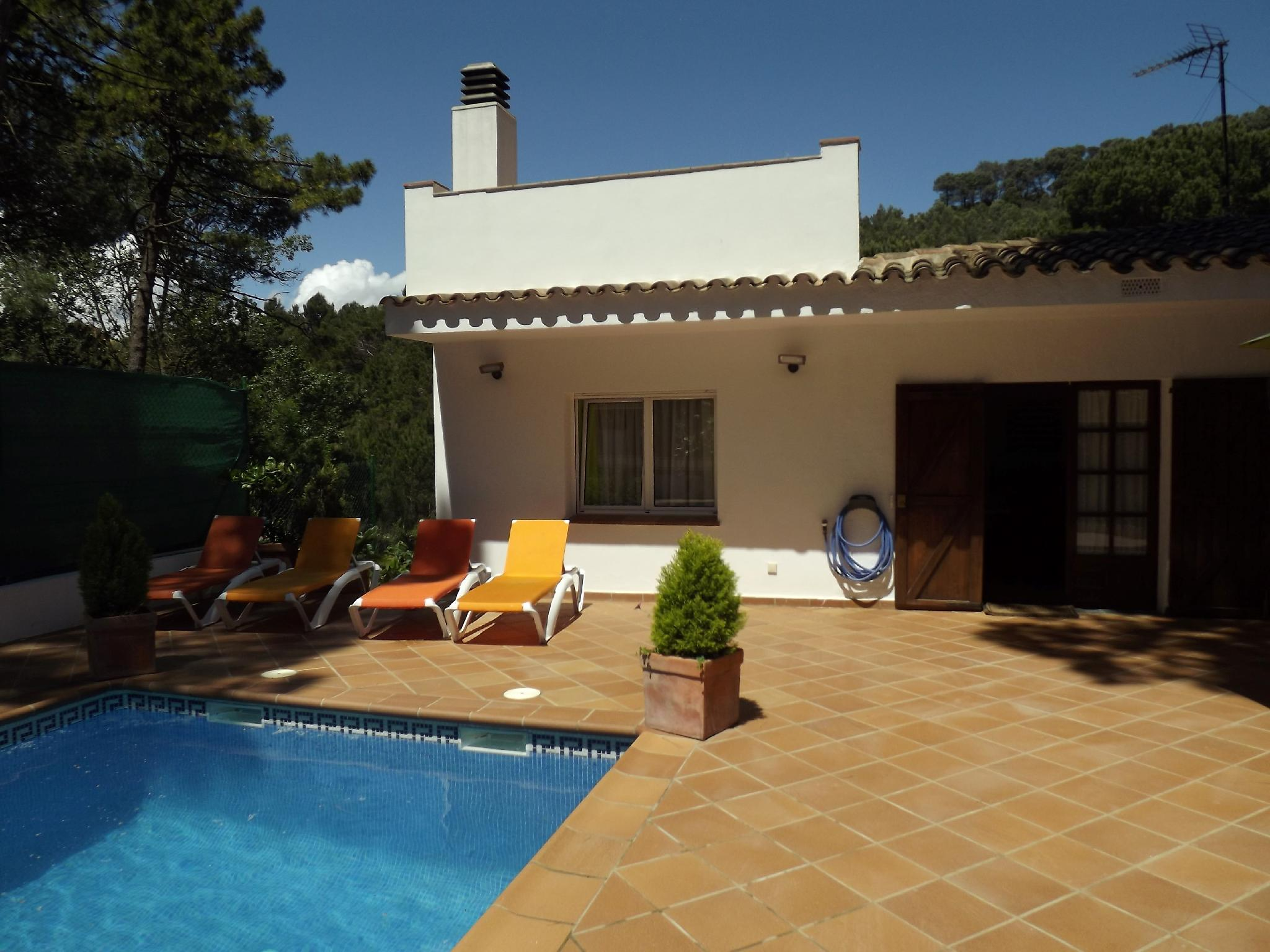 106599   House In Begur