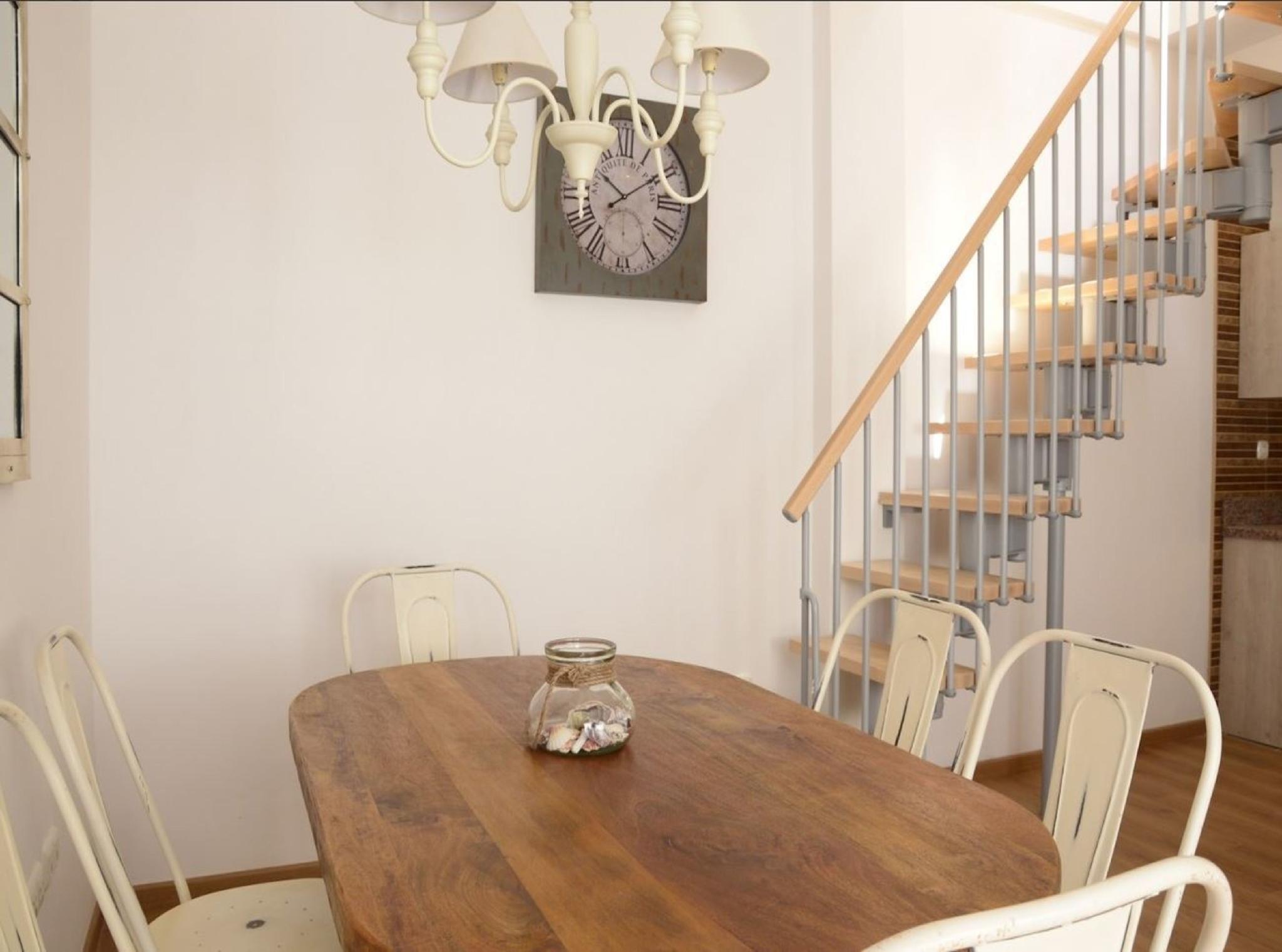 105954   Apartment In M�laga