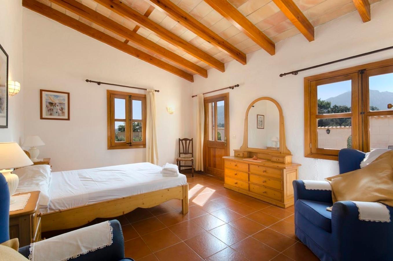 103243   Villa In Pollen�a
