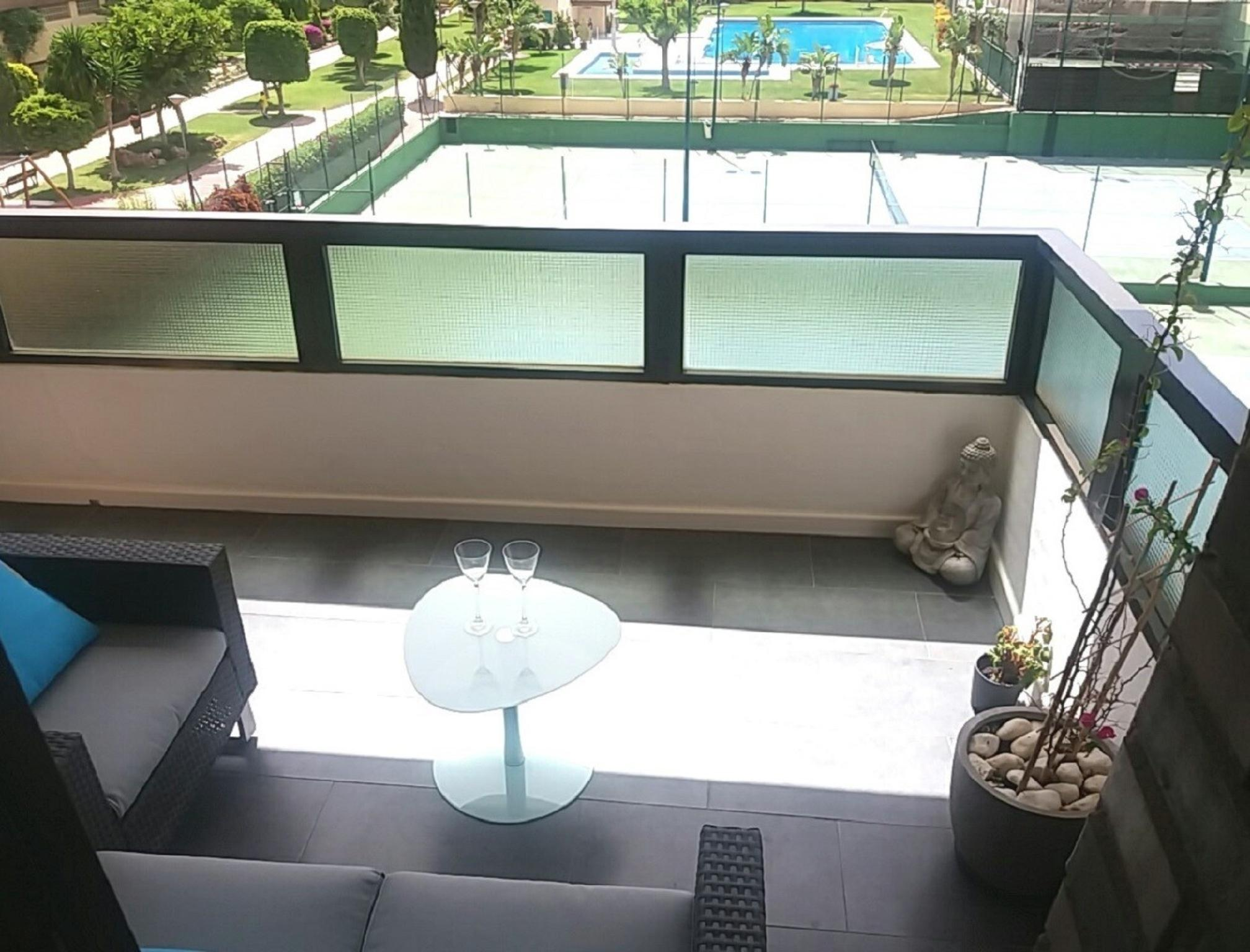 103327   Apartment In M�laga