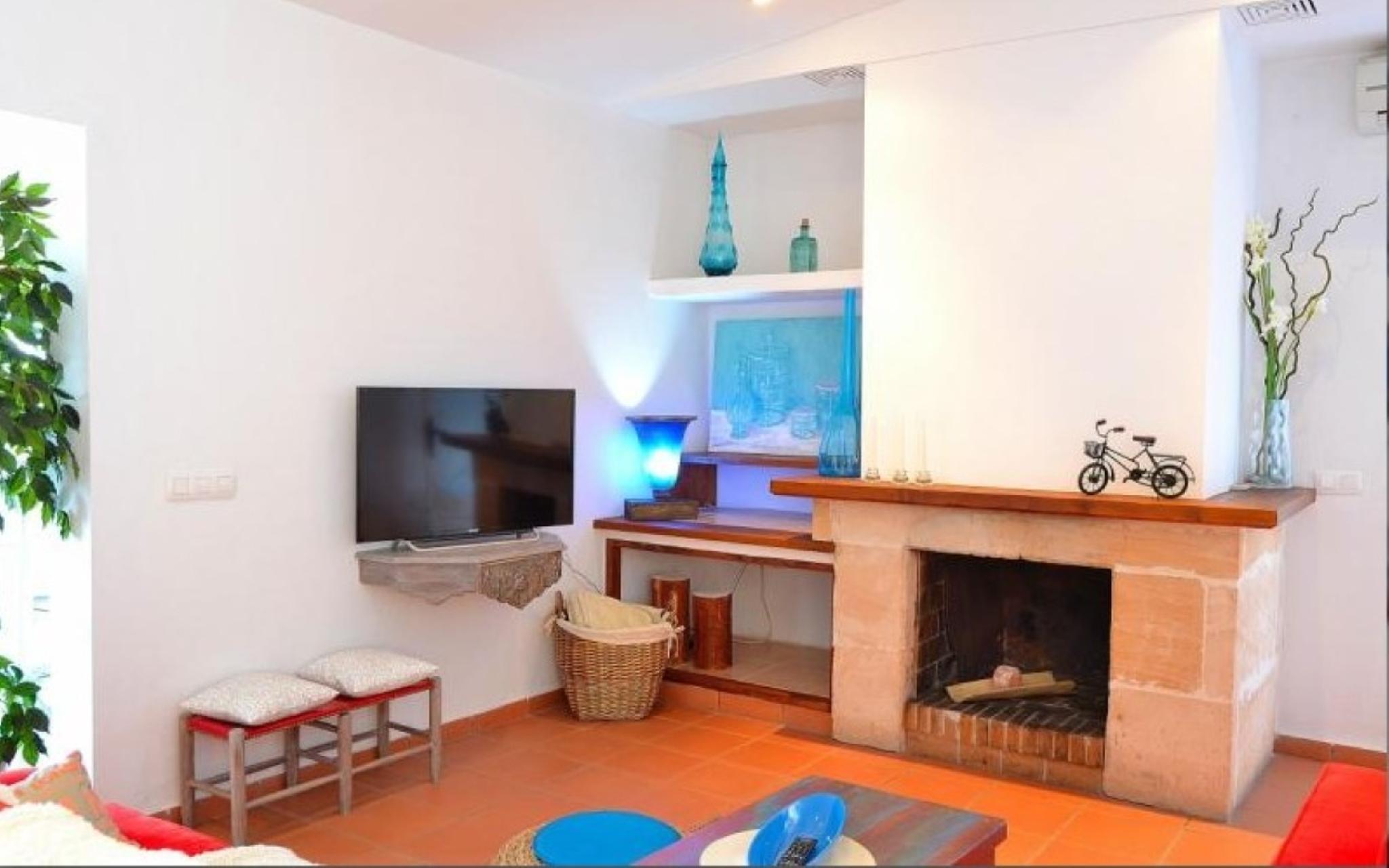 102633    Villa In Muro