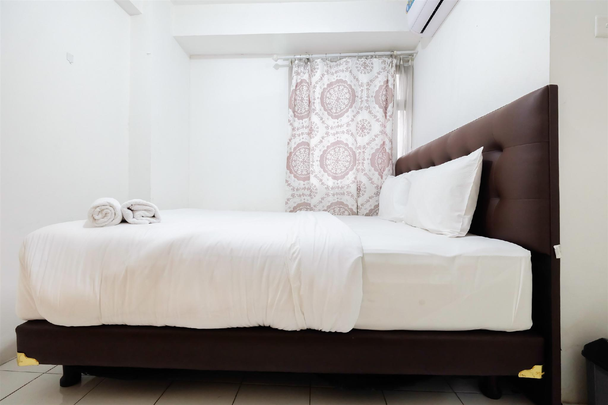 Homey 2BR Apartment At Kalibata City By Travelio