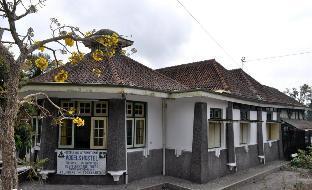 Vogels Hostel