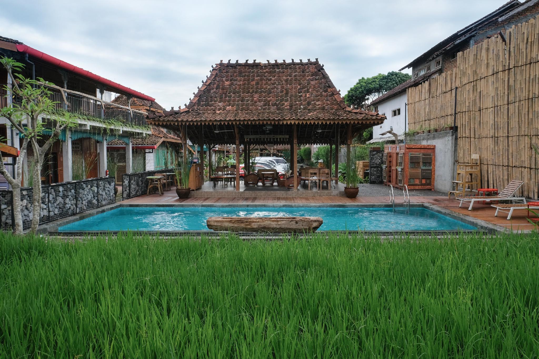 Kampung Lawasan Heritage Cottage