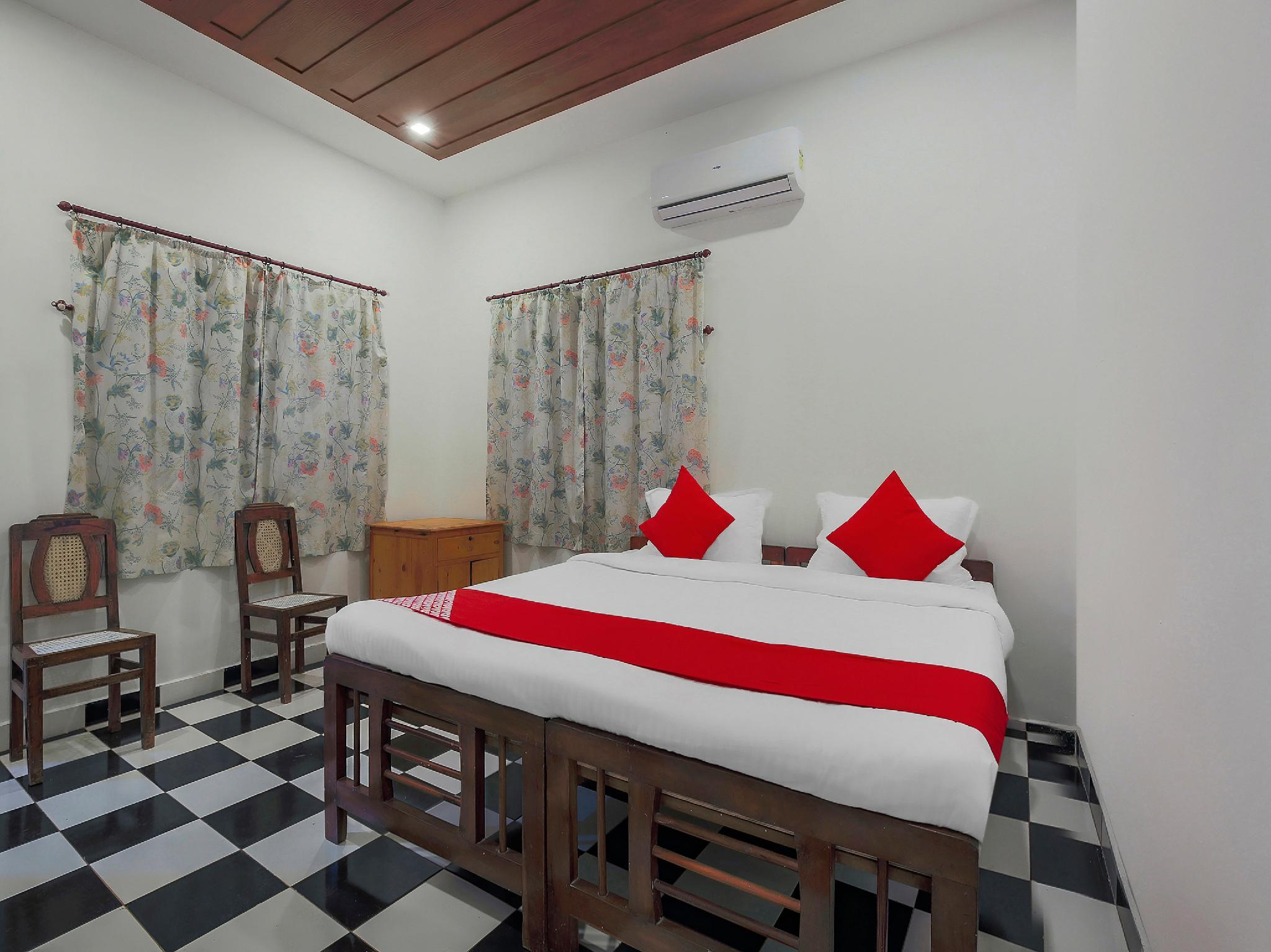 OYO 18371 White Negro Guest House