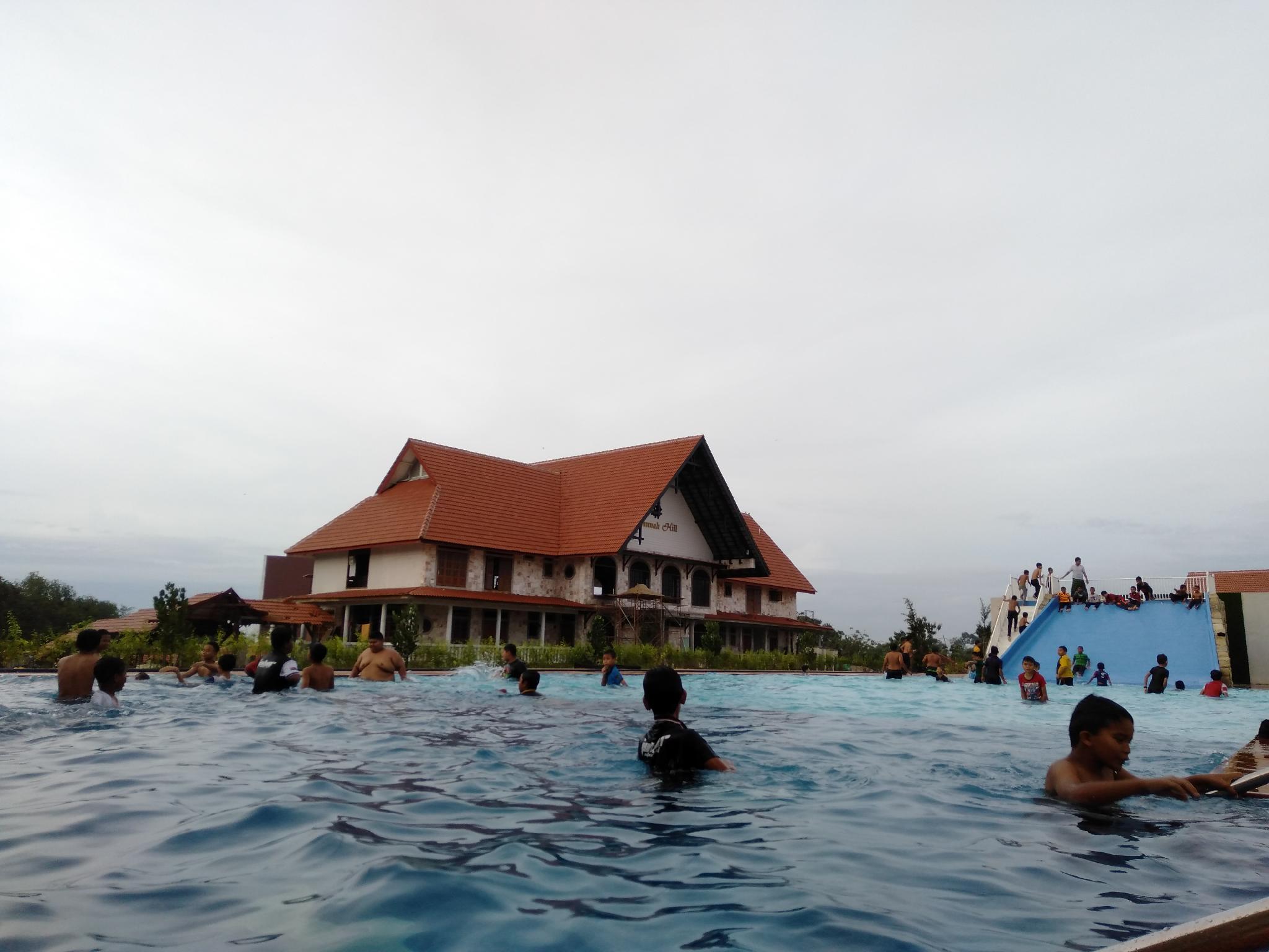 Savanna Hill Resort