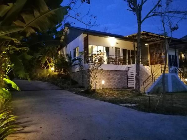 Twinvilla A Phuket