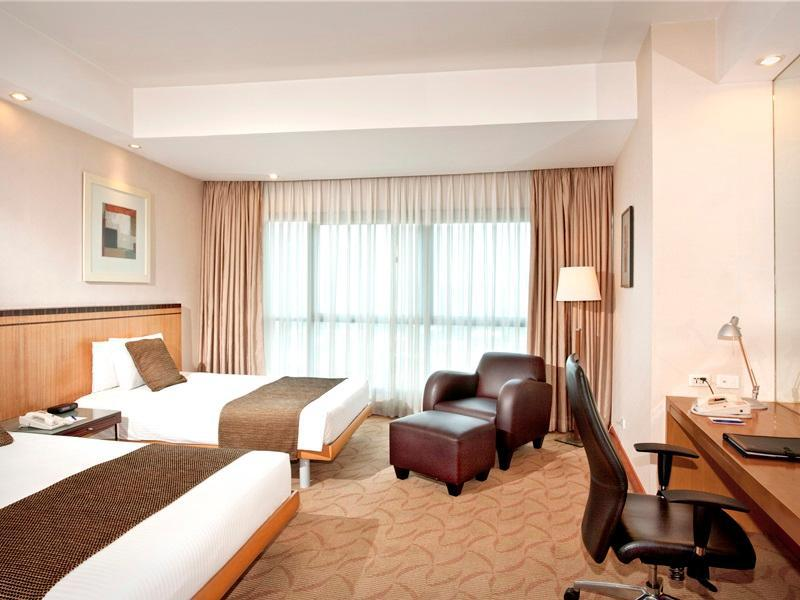 Crowne Plaza Hotel Manila Contact Number