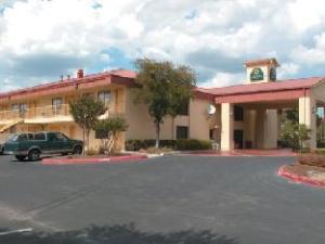 La Quinta San Marcos Hotel