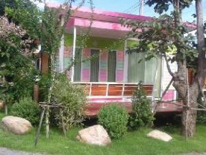 Mor Ja Bok Frame and Fah Resort