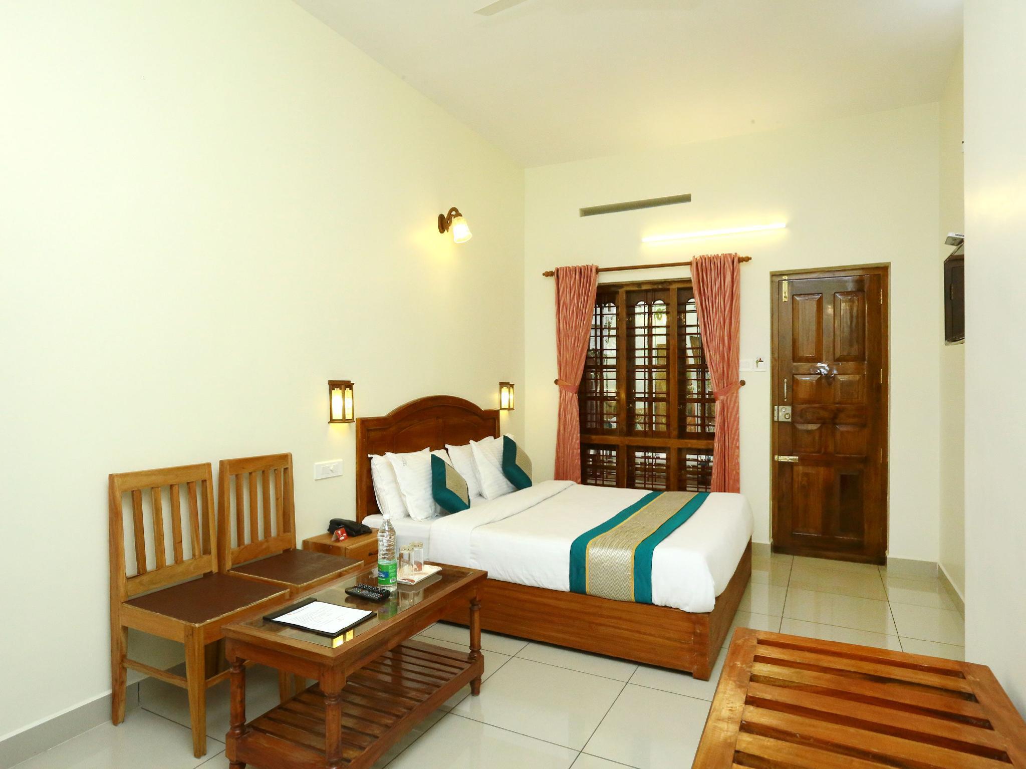 OYO 12937 Hotel Periyar Canopy