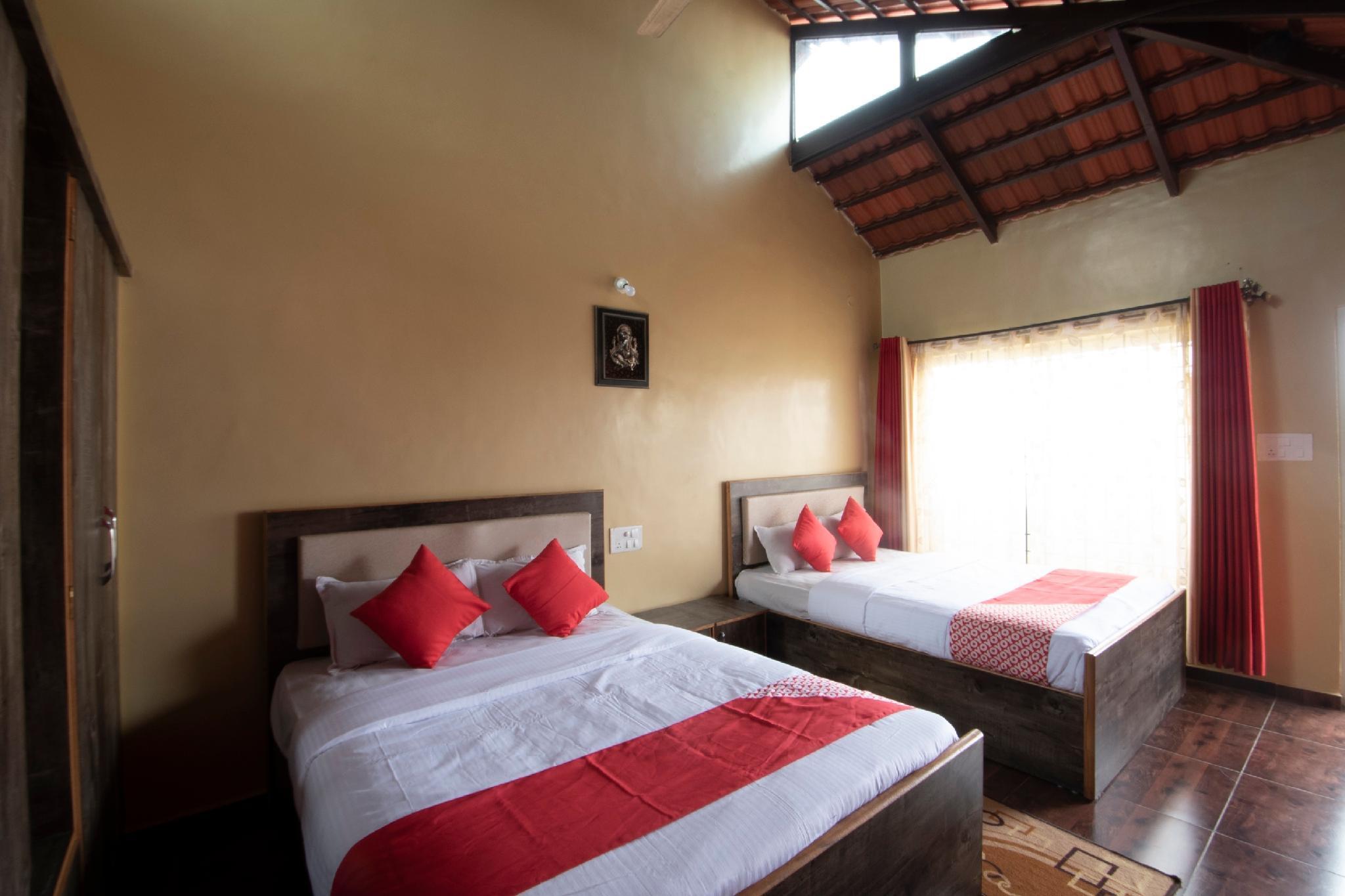 OYO 24151 Panchami Lodge