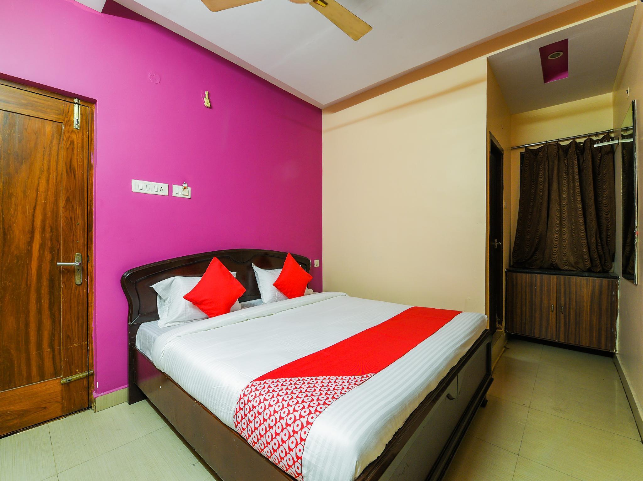 OYO 22116 Savera Inn Lodge