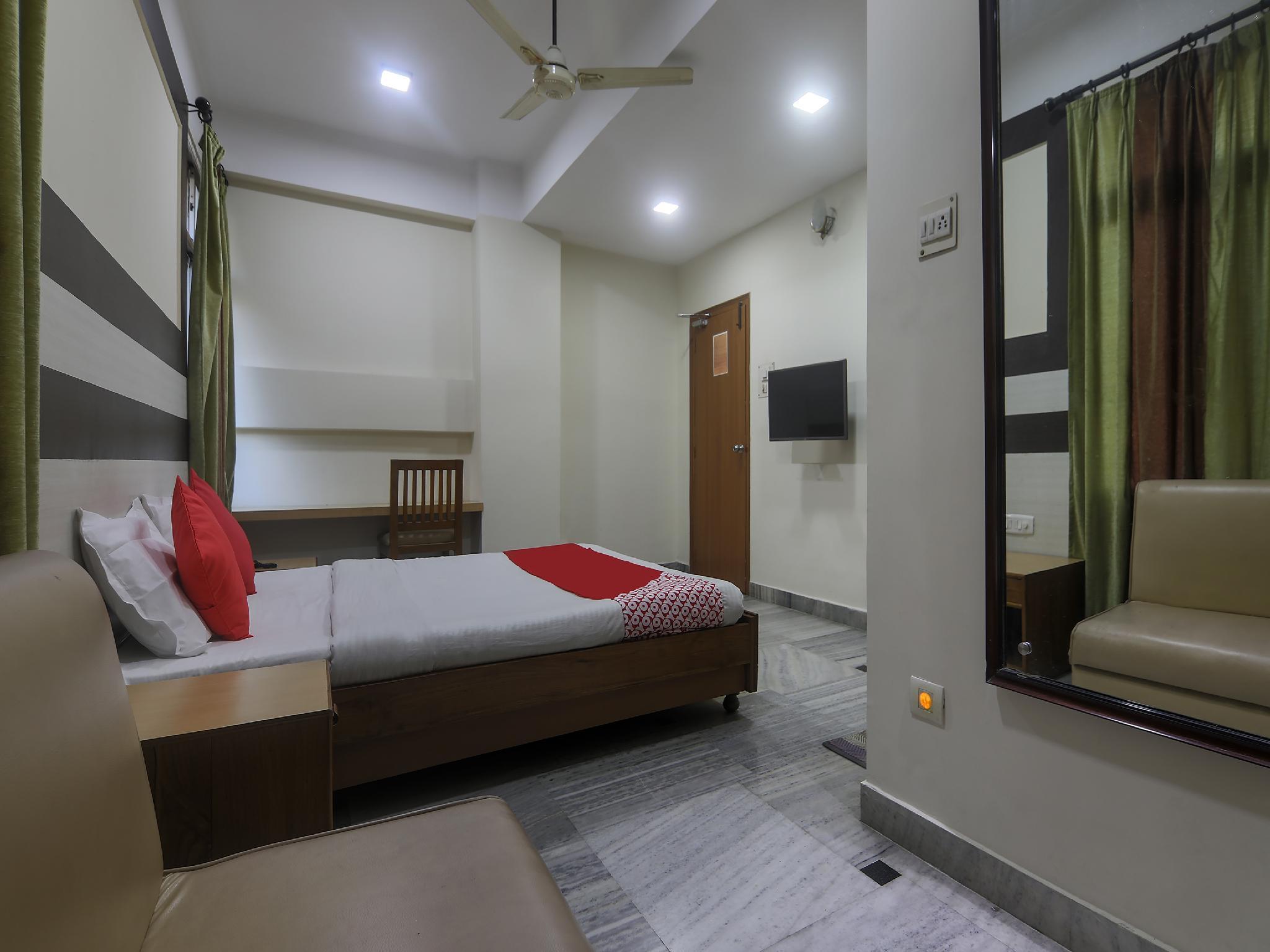 OYO 18901 Hotel Sunview International