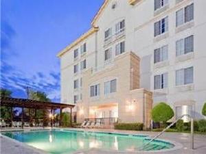 La Quinta Inn DFW Airport Hotel