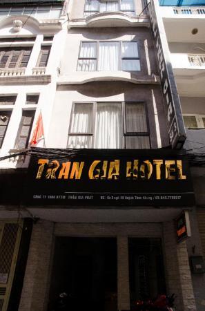 Tran Gia Hotel Huynh Thuc Khang Hanoi