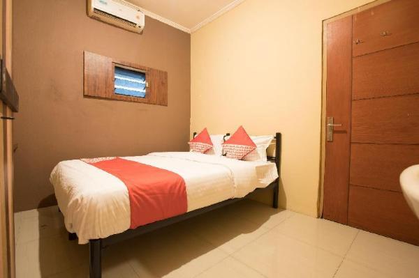OYO 298 Gemilang Guesthouse Tangerang