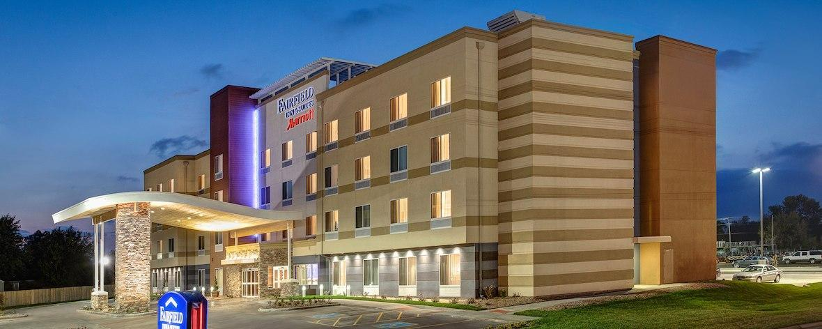 Fairfield Inn And Suites By Marriott Fresno North Shaw Avenue