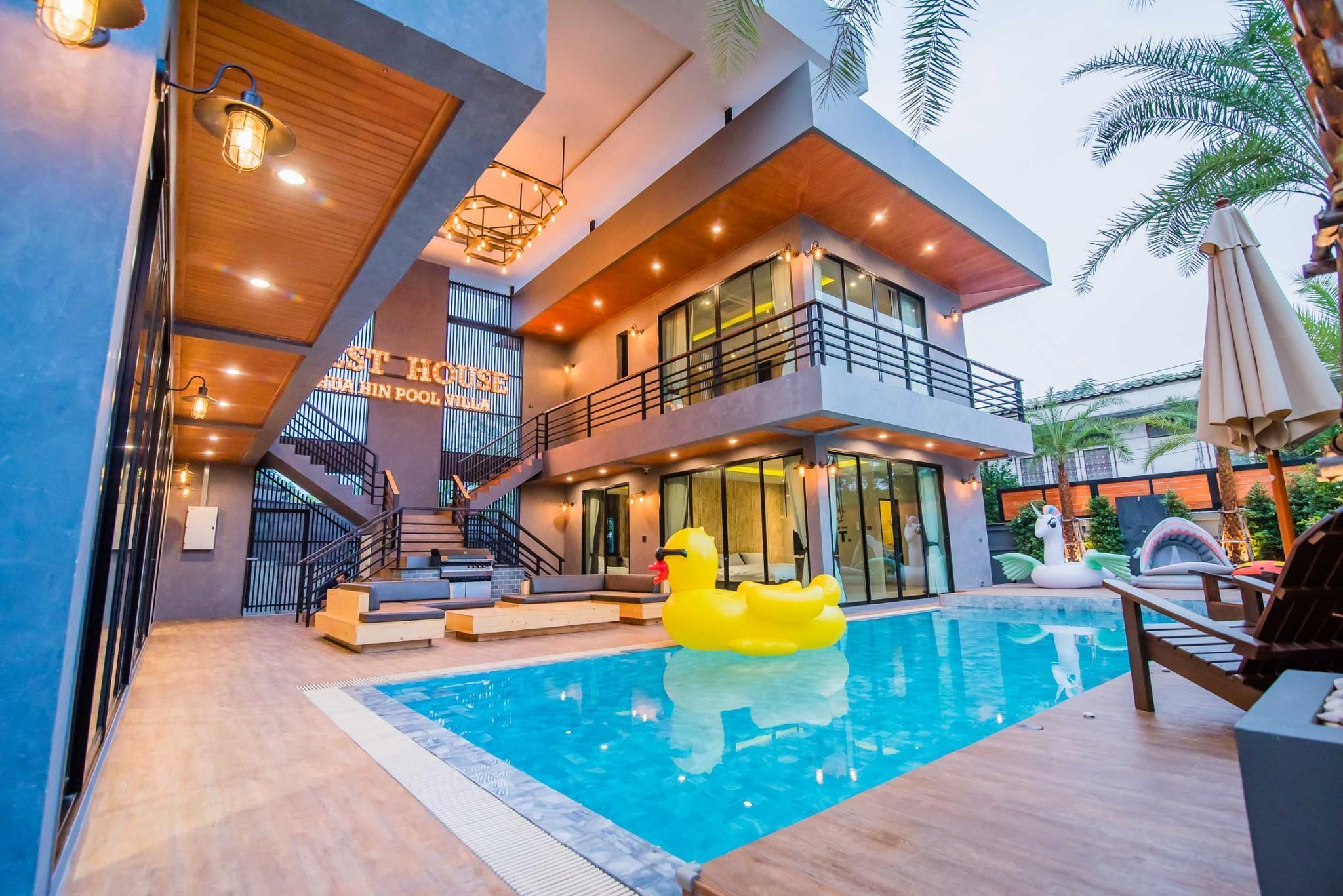 Rest House Hua Hin Pool Villa