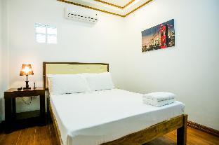 picture 2 of Queen's Suite Resort