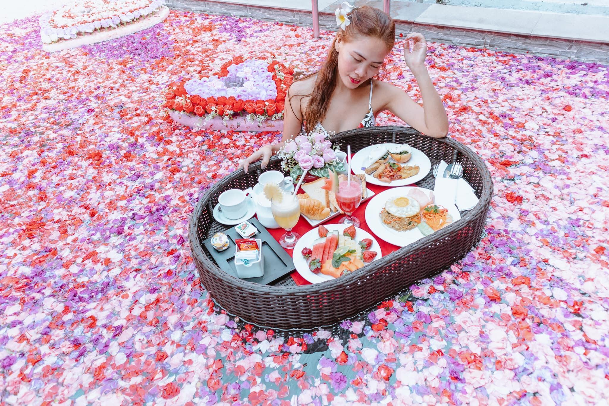 Private Pool Villas With Breakfast In Kuta