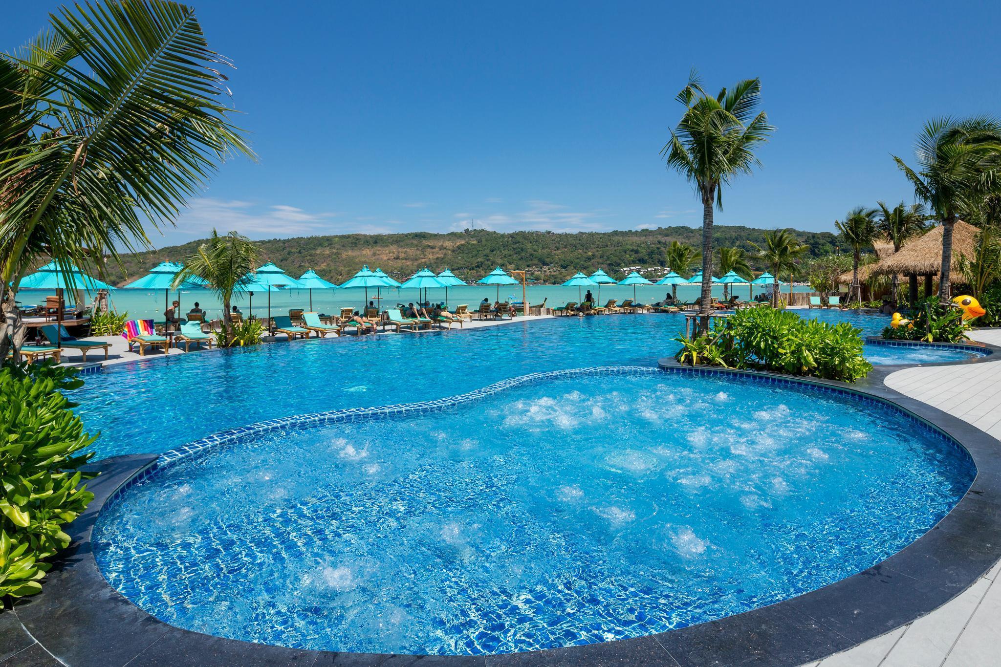 Phi Phi CoCo Beach Resort พีพี โคโค่ บีช รีสอร์ต