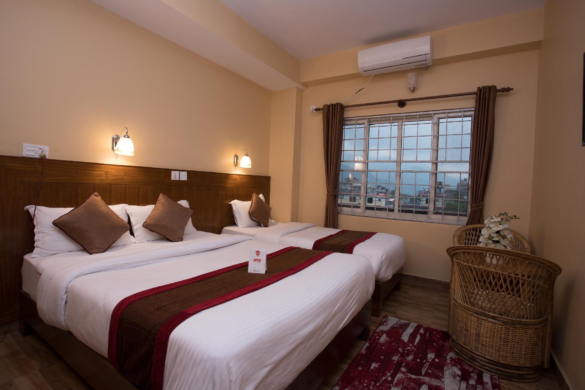 OYO 226 Hotel Pokhara Blue Lake