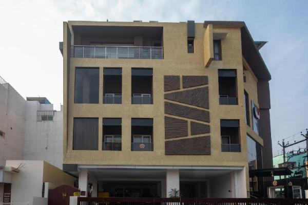 Capital O 23040 Royal Indus Chennai