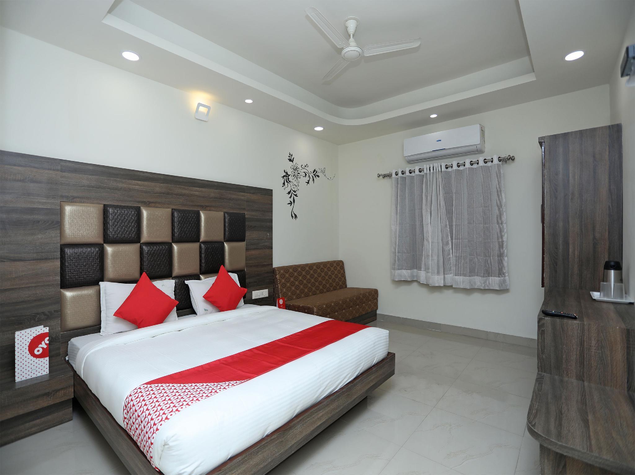 OYO 14593 Smart Rooms By Shree Vatika