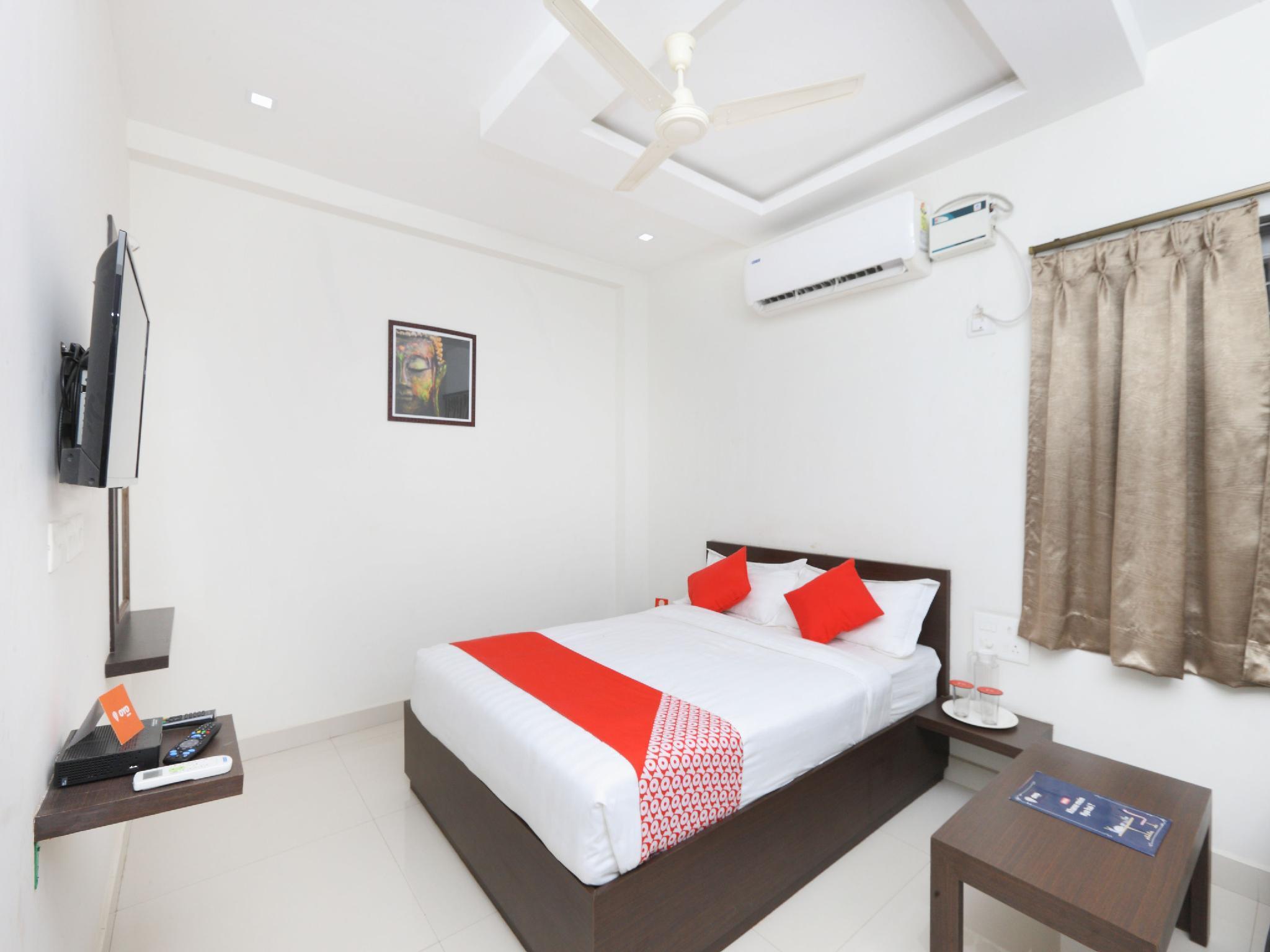 OYO 15601 Bhimas Residency