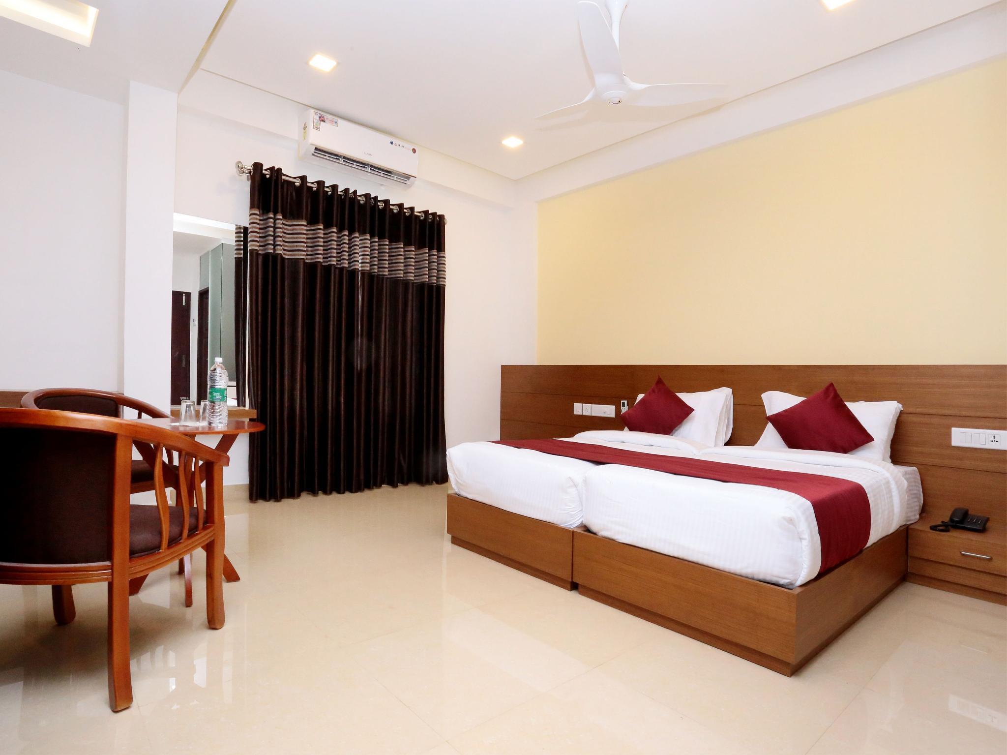 OYO 10547 Hotel Ayodhya Residency