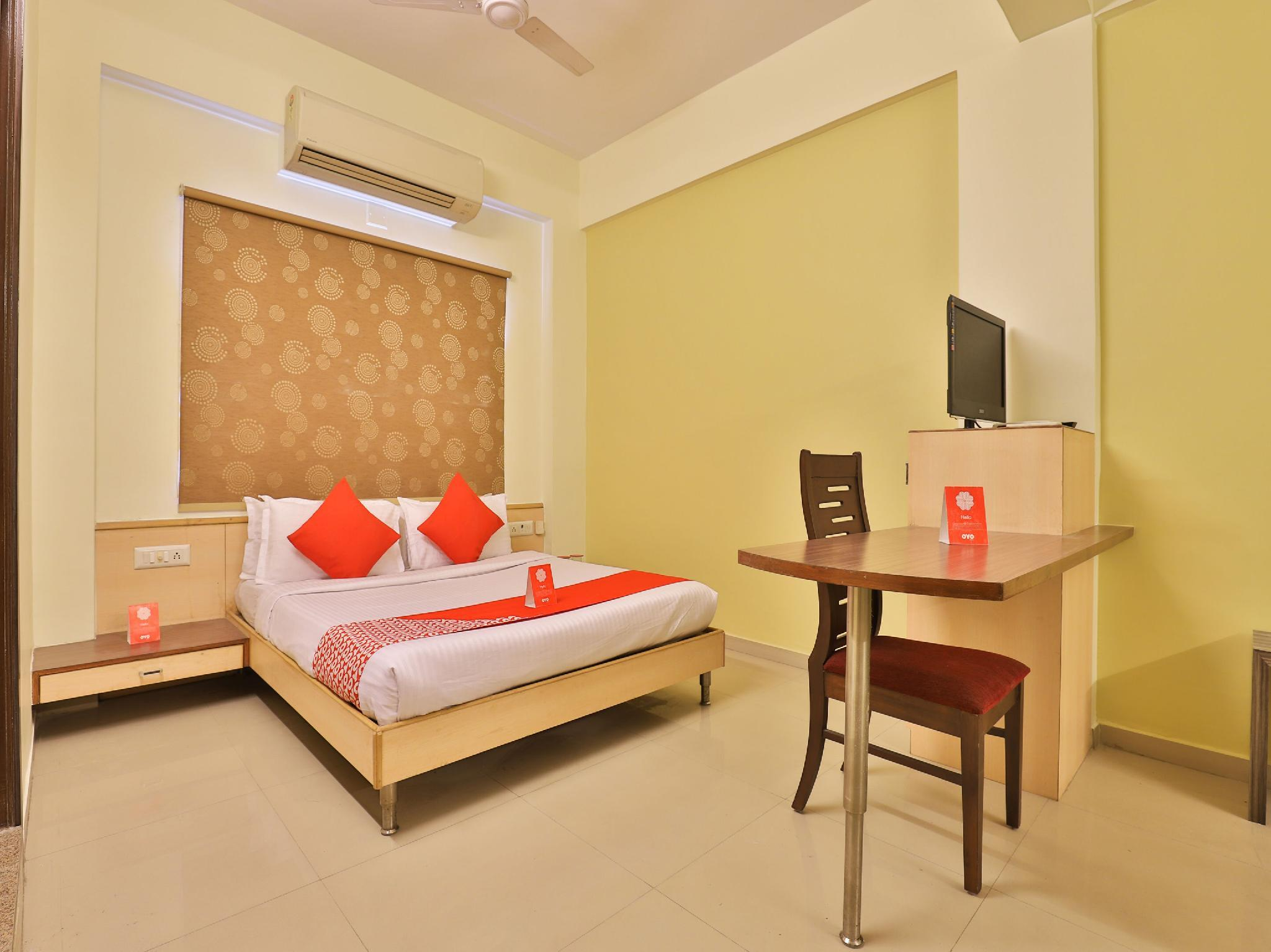 Capital O 11718 Hotel Shivarth