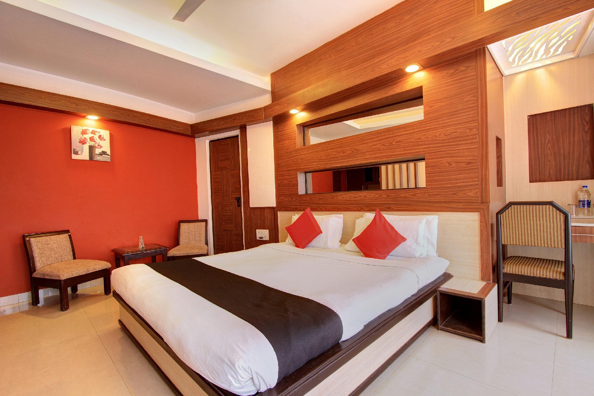 Capital O 22798 The Hans Hotel