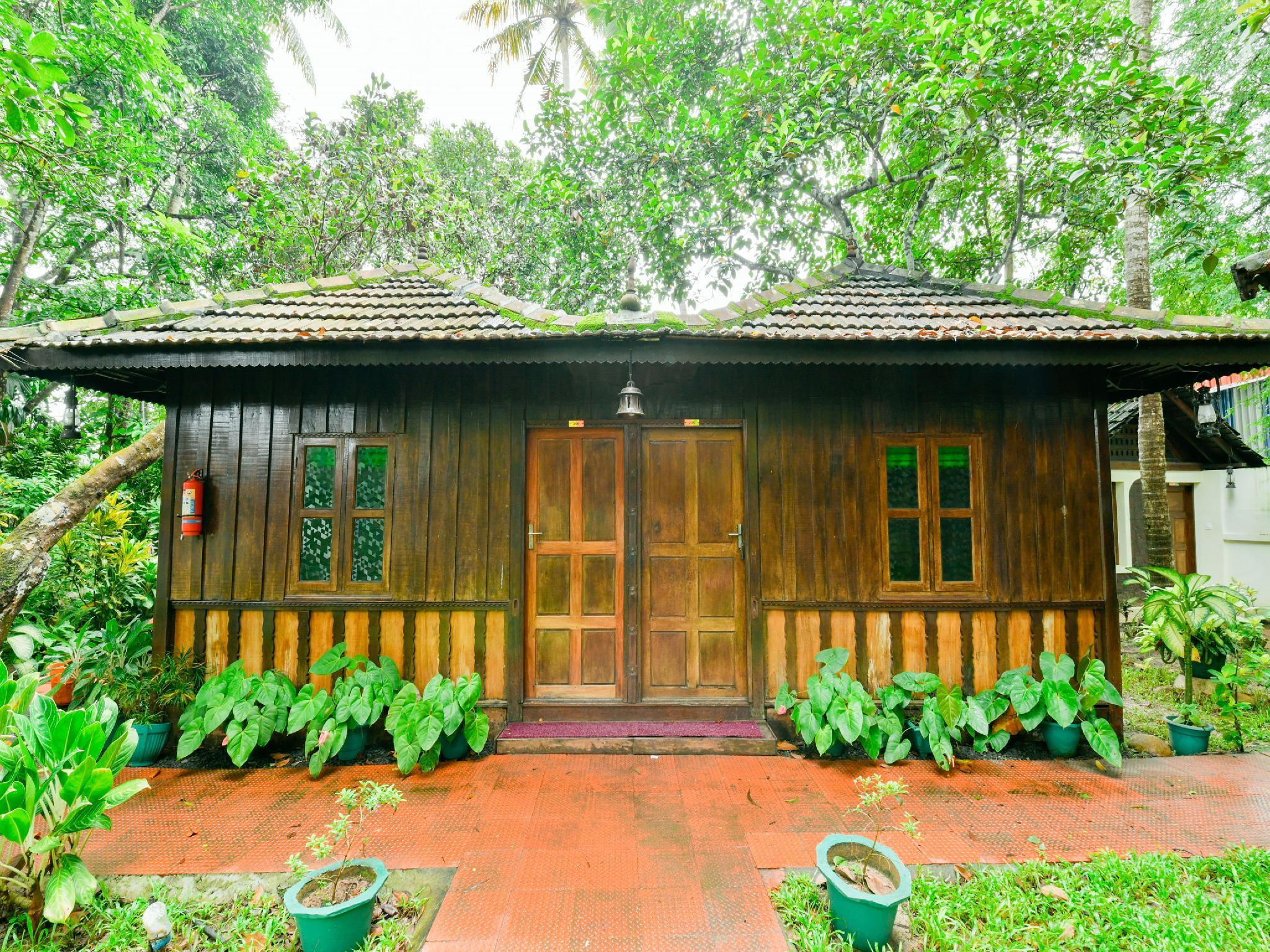 OYO 15962 Green Aura Resort