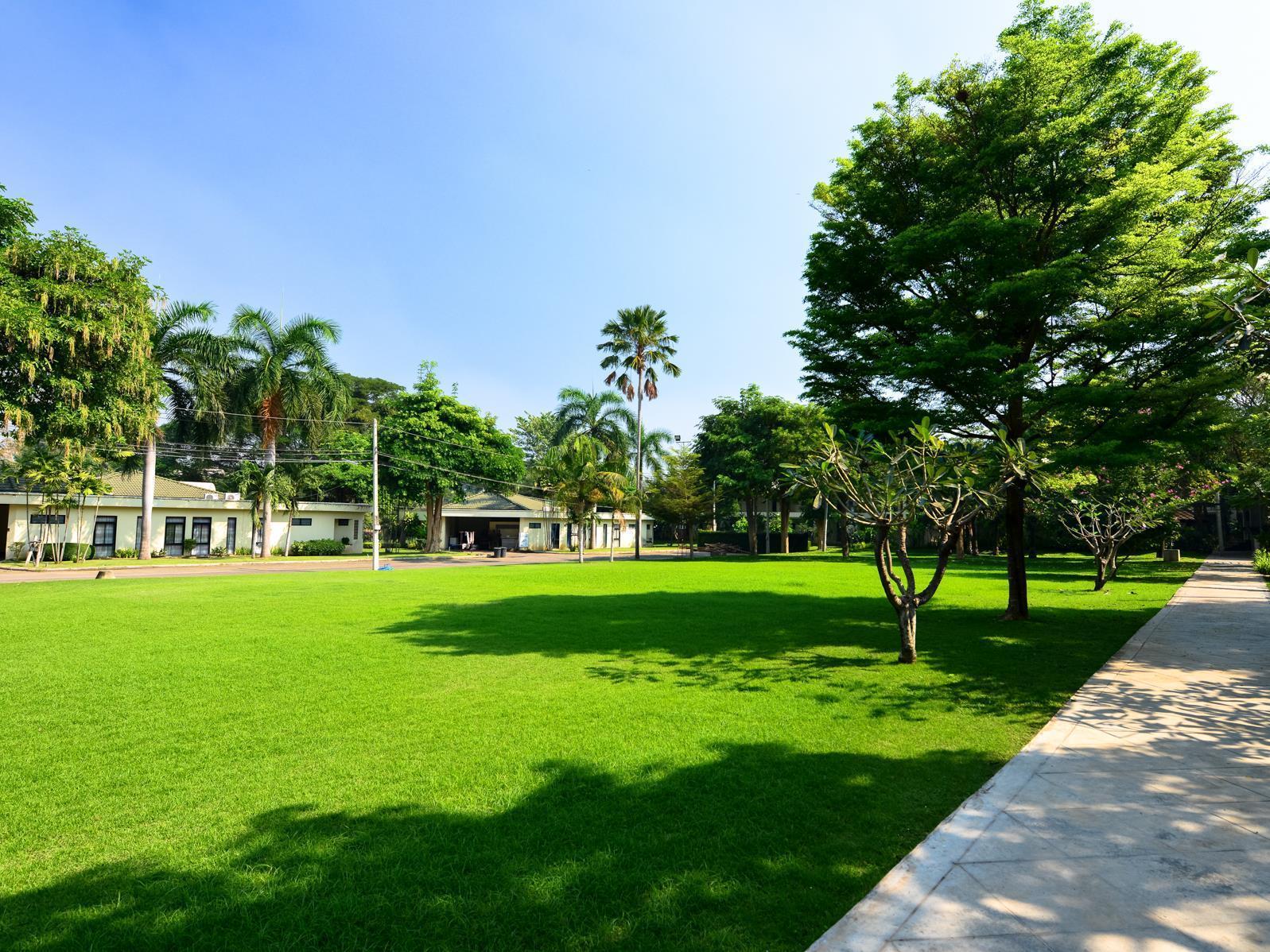 Royal River kwai Resort & Spa รอยัล ริเวอร์แคว รีสอร์ท แอนด์ สปา