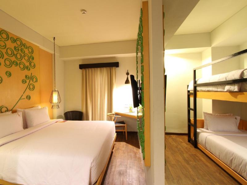 Maxonehotels At Legian