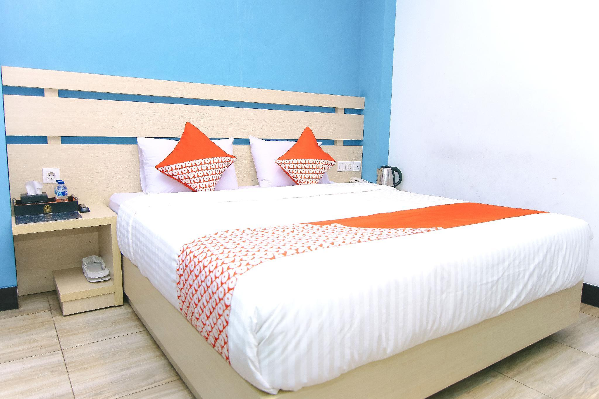 OYO 525 Budget Hotel by the Harbour