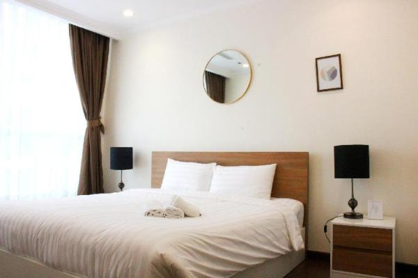 2BR - Class and Luxury APT in Vinhomes Central Park Ho Chi Minh City