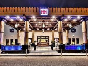 فندق مجان كونتيننتال (Majan Continental Hotel)