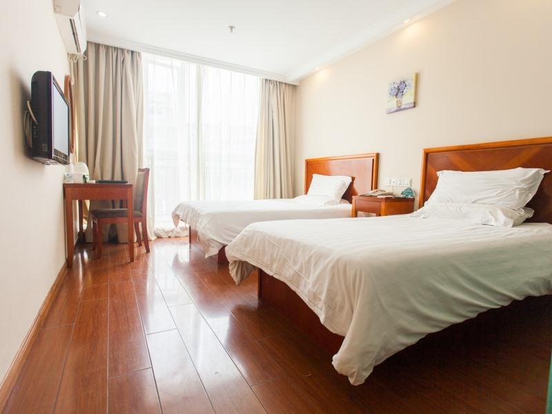 GreenTree Inn Shanghai Century Park Business Hotel