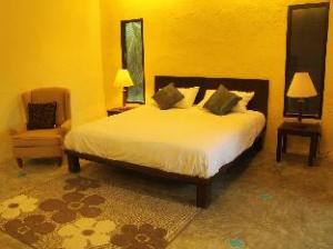 Poomthidee Amphawa Resort