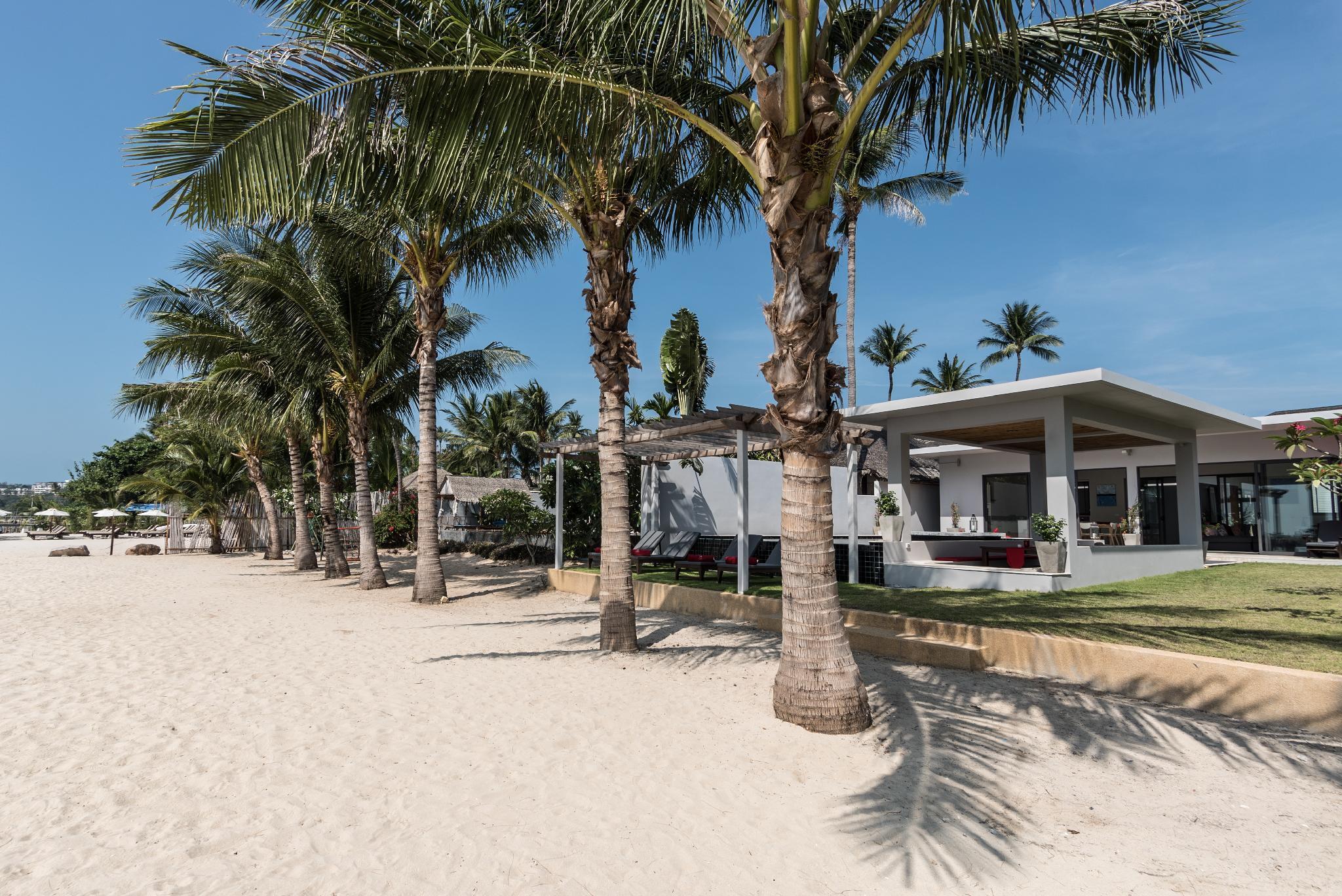 Villa Red - a stunning 4 bedroom beach villa วิลลา 4 ห้องนอน 5 ห้องน้ำส่วนตัว ขนาด 200 ตร.ม. – เชิงมน